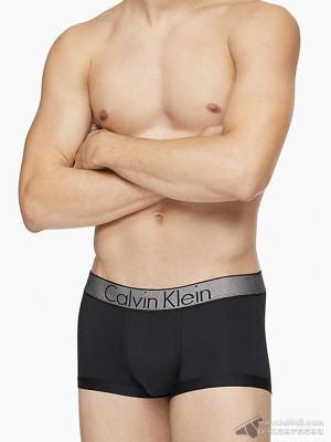 Quần lót nam Calvin Klein NB1295 Customized Stretch Low Rise Trunk Black