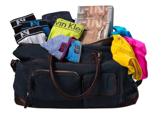 Mẹo lựa chọn quần lót nam khi đi du lịch